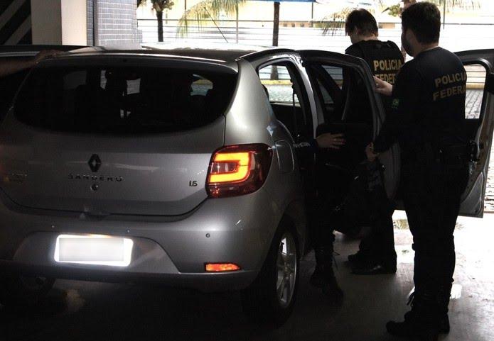 Trinta e cinco policiais federais e oito auditores da Receita Federal participam da operação. — Foto: PF-RN/Divulgação