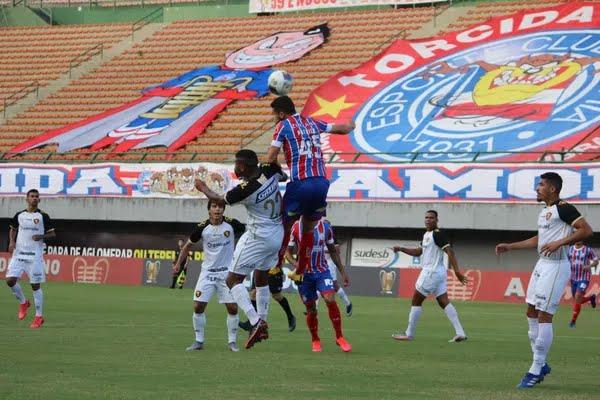 Patrick em ação em partida contra o Sport, neste sábado — Foto: Vitor Tamar/EC Bahia