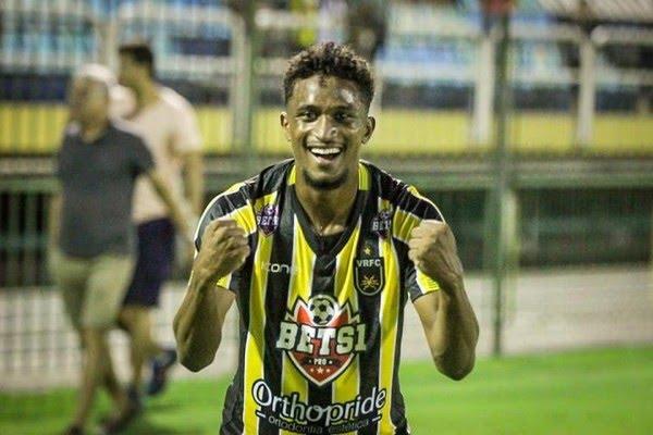 Decisivo, Saulo Mineiro se torna 12º jogador do Voltaço neste início de Carioca — Foto: André Moreira/VRFC