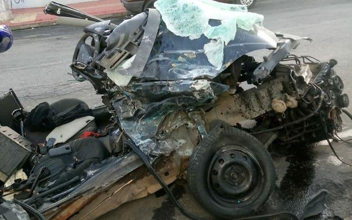 Carro de jovens ficou totalmente destruído em acidente neste sábado (18), em Guarulhos (Foto: Aldieres Batista/Arquivo Pessoal)