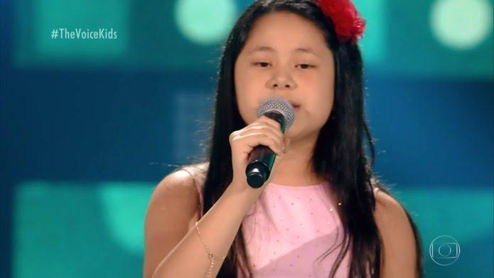 Brendha Namie canta no 'The Voice Kids' — Foto: TV Globo