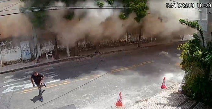 Imagem impressionante mostra o momento em que o Edifício Andrea desmorona em Fortaleza. — Foto: Reprodução/SVM