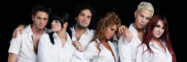 O RBD, banda da novela 'Rebelde' — Foto: Divulgação