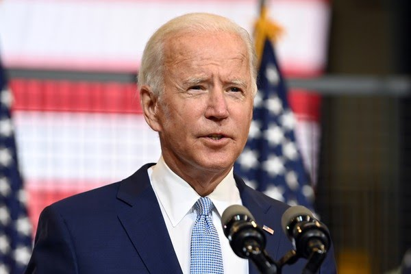 Pesquisa revelou que 80% dos eleitores interessados a votar pelo correio têm Biden como candidato — Foto: Alan Freed/Reuters
