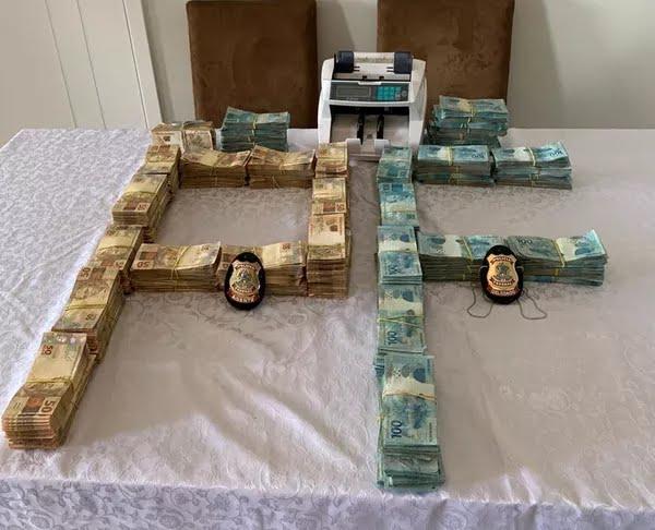 Mais de R$ 700 mil foram encontrados na casa do secretário adjunto de gestão administrativa da secretaria de saúde do Pará — Foto: Divulgação