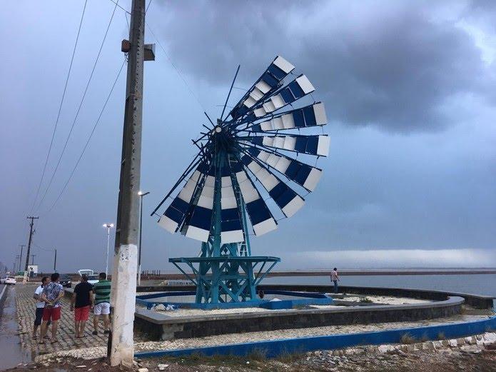 Moinho de Vento de Macau foi parcialmente destruído após rajadas de vento no início do ano — Foto: Arafran Peter