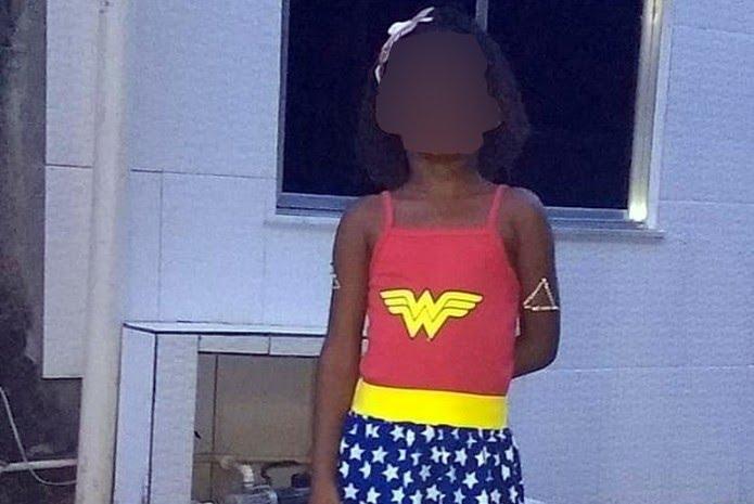 Menina torturada e morta tinha 6 anos — Foto: Reprodução/Redes sociais