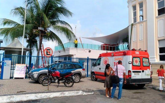 Samu e Polícia Militar estão no terminal Naútico de Salvador para dar suporte