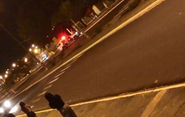 Viatura da PM atingiu e derrubou o motociclista em Agudos — Foto: Arquivo pessoal