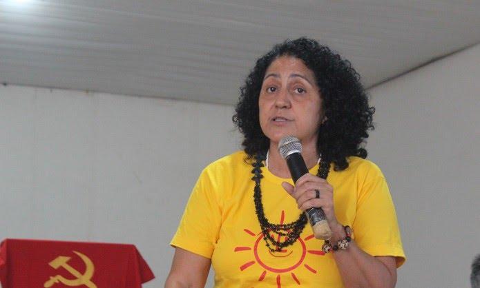 Sueli Rodrigues, candidata do PSOL ao governo do estado do Piauí (Foto: Lucas Barbosa/G1 PI)