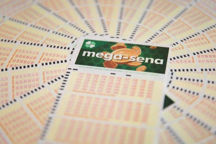 Mega-Sena pode pagar R$ 170 milhões nesta quarta-feira (8) — Foto: Marcelo Brandt/G1