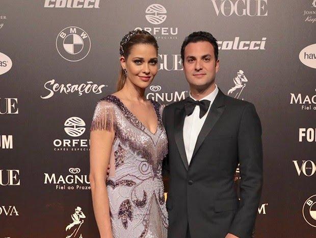 Ana Beatriz Barros e Karim El Chiaty (Foto: Rafael Cusato/ Ed. Globo)