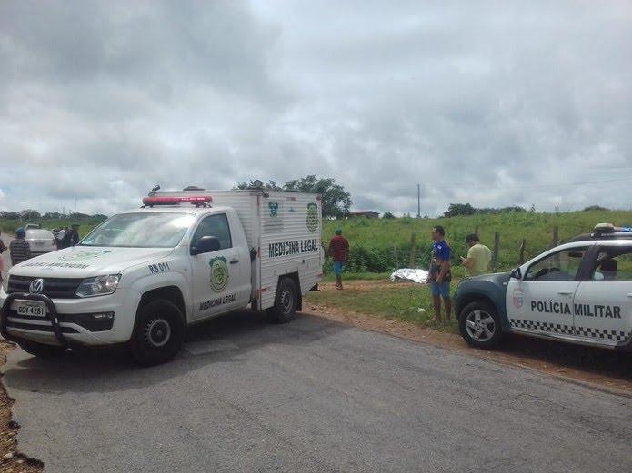 Granja em que Rogério Torquato foi morto fica às margens da RN-120, estrada que liga João Câmara a Bento Fernandes — Foto: Sérgio Henrique Santos/Inter TV Cabugi