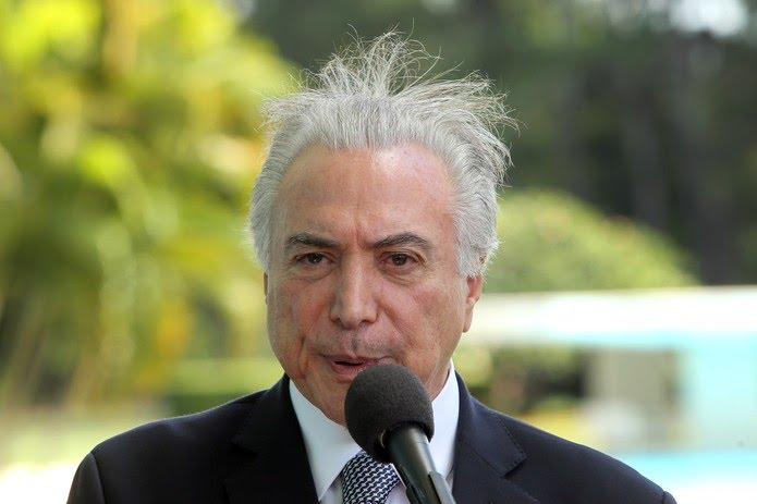 O presidente Michel Temer, durante entrevista coletiva realizada no Palácio da Alvorada, em Brasília, nesta quinta (22); licitação lançada pelo governo solicita produtos como Nutella e sorvete Haagen Dazs para viagens do presidente.