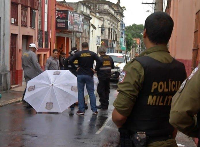 Segundo a polícia, ao que tudo indica trata-se dos mesmos criminosos, exceto a morte da mulher no Comércio.