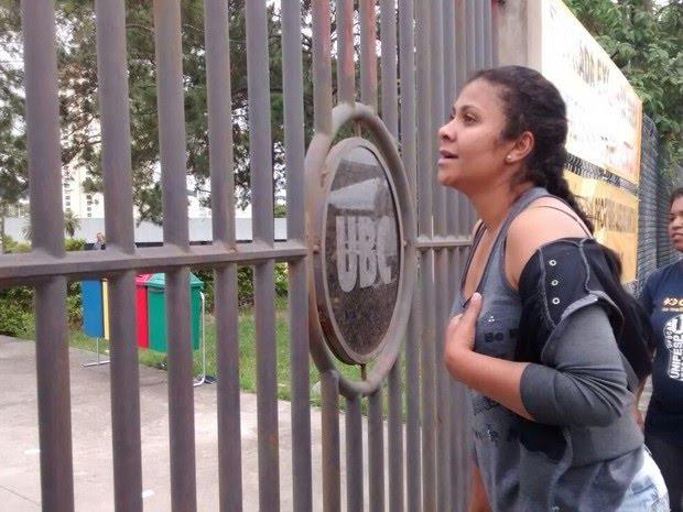 Candidata do Enem 2015 foi às compras antes das provas, e acabou chegando um minuto após o fechamento dos portões
