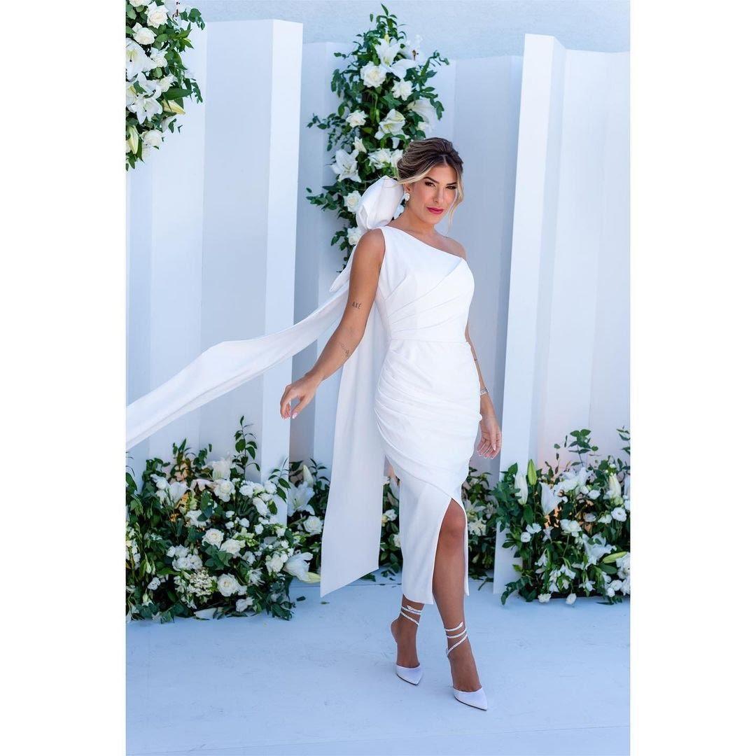 Vestido de casamento usado por Lore Improta foi produzido pelo estilista Marcelo Quadros. (Foto: Reprodução/Revista QUEM.)
